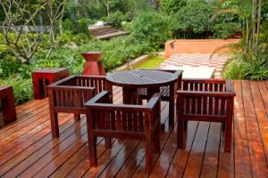 3 Advantages Of Regular Deck Staining